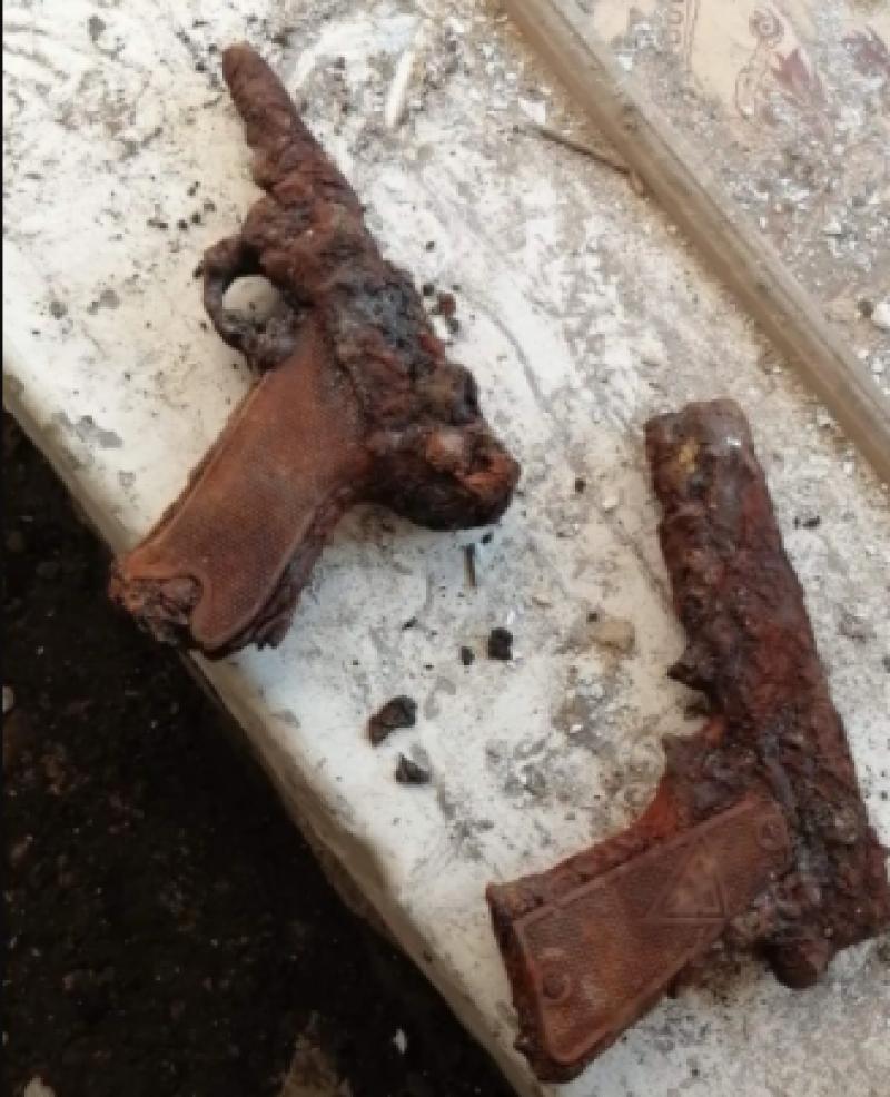 Pistoale din Al Doilea Război Mondial găsite în Botoșani