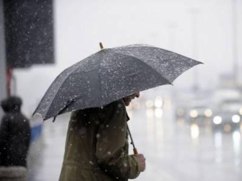 Ploi în mai toată țara, însă rămâne cald pentru începutul lui februarie. Câte grade vor fi la Botoșani!