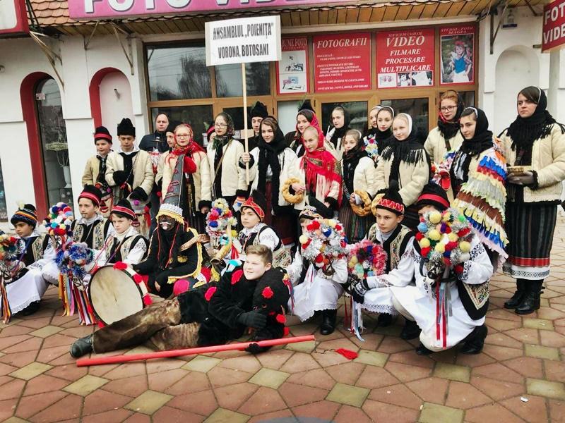 POIENIȚA din Vorona a câștigat trofeul Festivalului de datini si obiceiuri de iarnă de la Tg. Neamț - FOTO