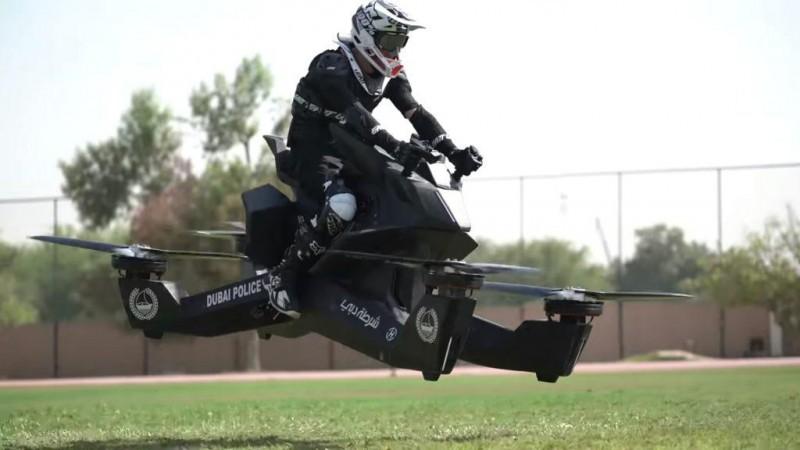 Poliția din Dubai folosește motociclete zburătoare - VIDEO