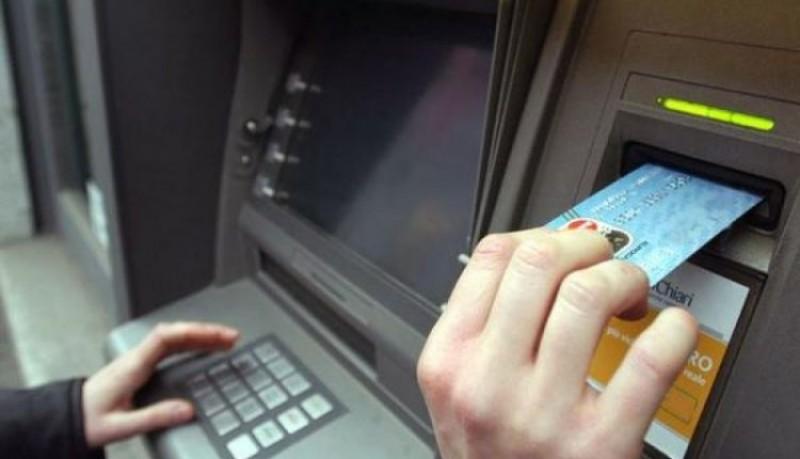 Poliția Română, avertisment pentru toți românii care retrag bani de la bancomat!
