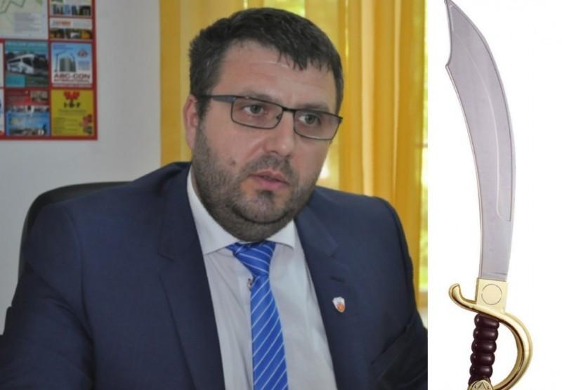 """Politicieni PSD, despre """"agresivitatea"""" lui Țurcanu: """"Salariații [DSPSA] se tem de sabie"""", """"Are Centura neagră 3DAN"""""""