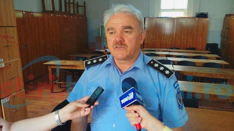 Polițista locală care promitea posturi în cadrul instituției nu are atribuții pe linia organizării concursurilor. Ce spune șeful Poliției Locale!
