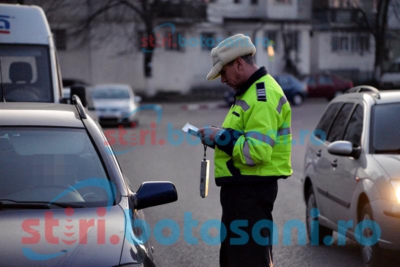 Poliţiştii suceveni au dat jos din maşină un botoşănean beat criţă!