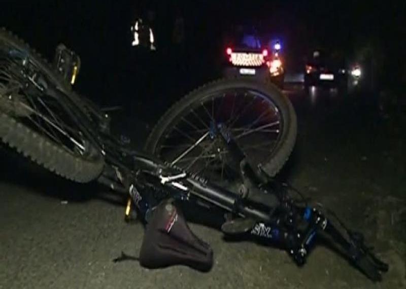 Polițiștii trebuie să afle dacă mașina unui botoșănean este sau nu implicată în moartea unui biciclist din Dumbrăveni!