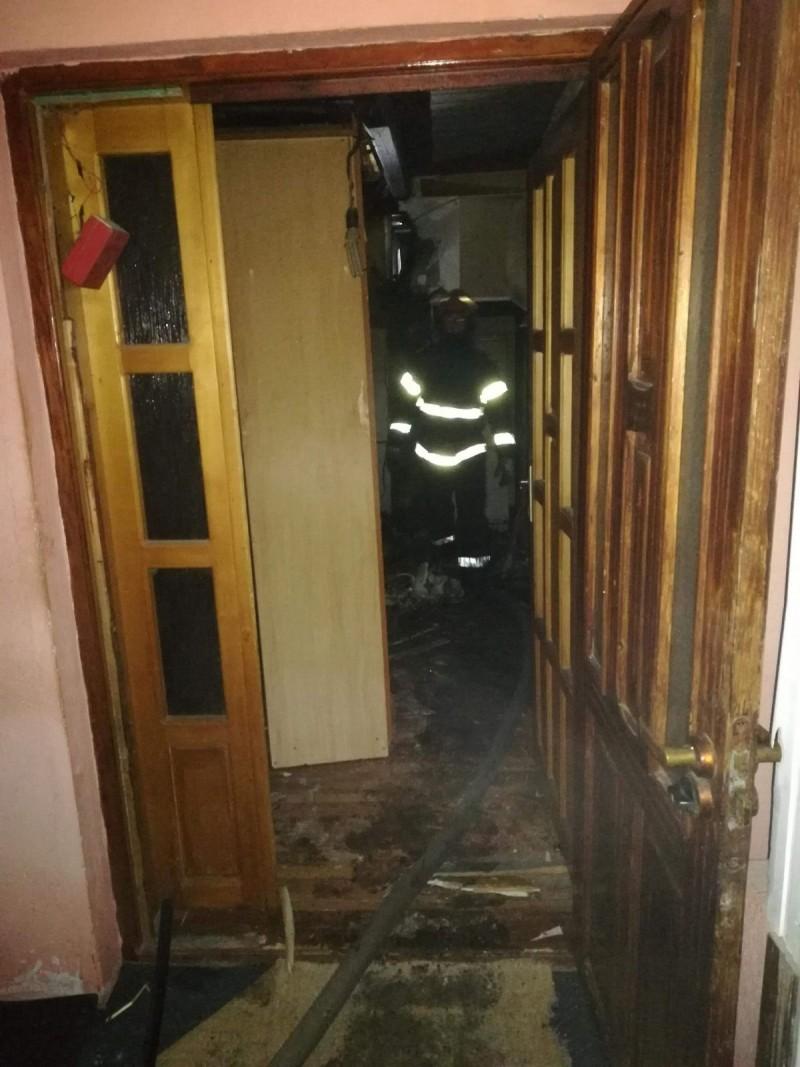 Pompierii botoşăneni au stabilit cauza incendiului în urma căruia o femeie a decedat