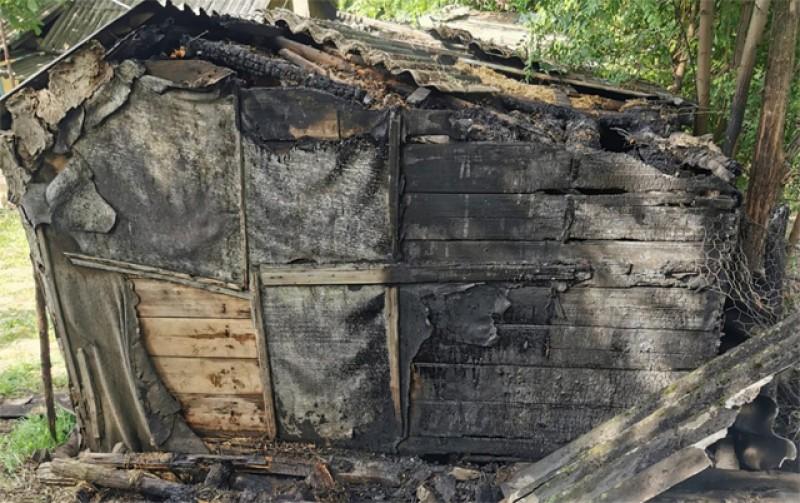 Pompierii ISU atrag atenția asupra focurilor deschise la resturile de vegetație uscată