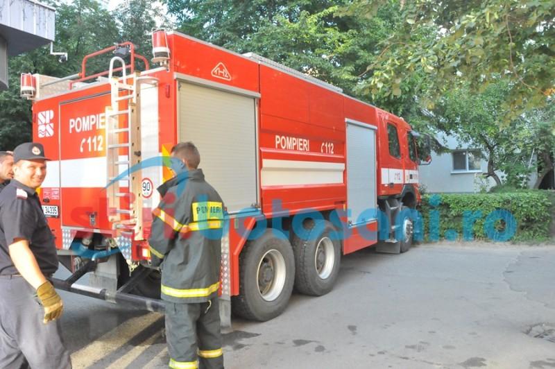 Pompierii voluntari din Botoșani, instruiți să salveze vieți