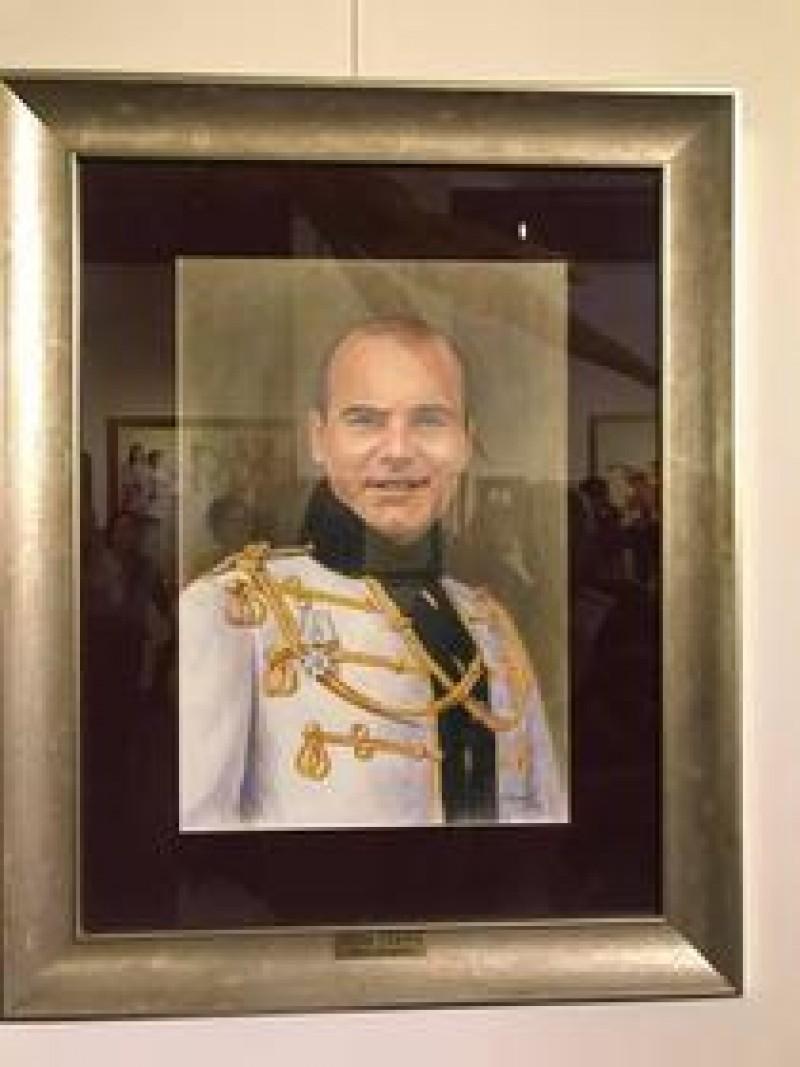 Portretul lui Rares Bogdan, expus la Muzeul Satului!