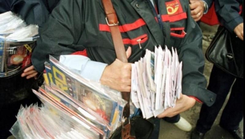 Poștașii vor intra câte 4 zile în şomaj tehnic. Distanțarea socială le-a afectat activitatea