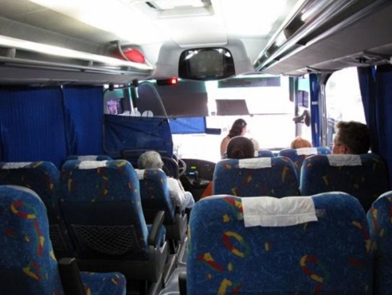 Poveste dintr-un autocar. Ana din Botoșani și visul frânt de dragoste al unei tinere copile