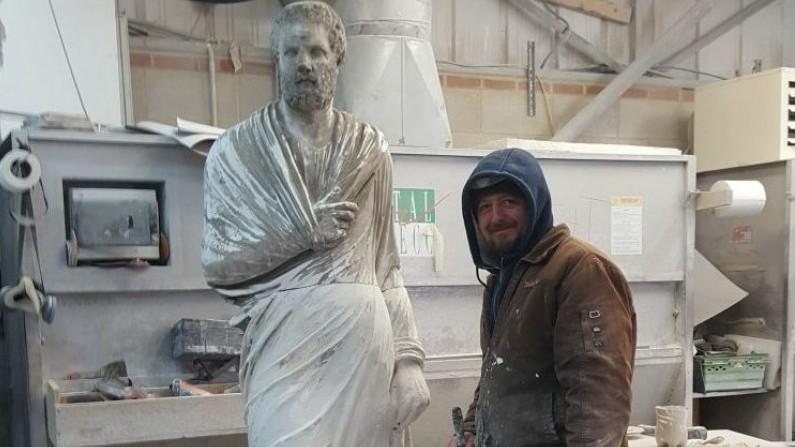 """Povestea botoșăneanului născut pentru a sculpta: """"Talentul e o boală"""""""