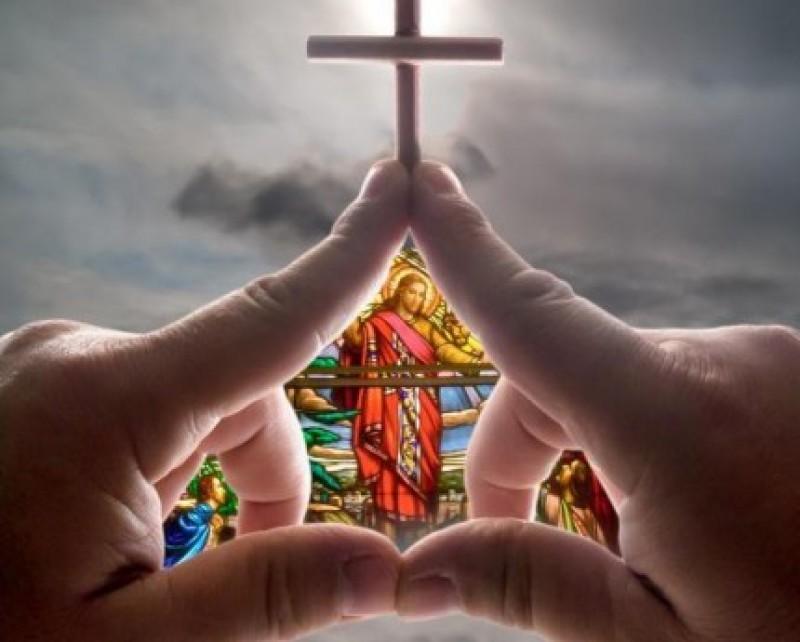 Povestea de suflet: Cea mai bogată familie din Biserică