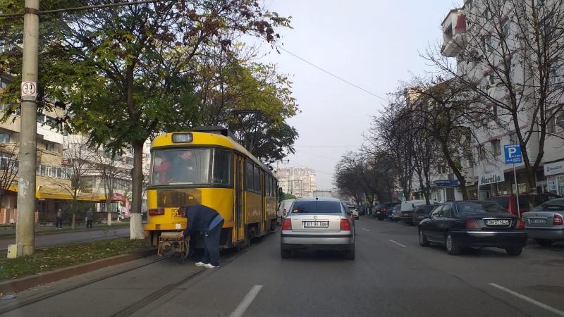 Poza zilei: Și tramvaiele obosesc. Și tramvaiele e oameni