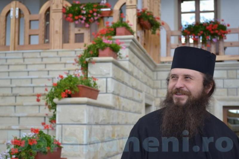 """Pr. Teodosie Plesca: """"Noi, călugării, formăm garda de onoare a lui Hristos"""""""