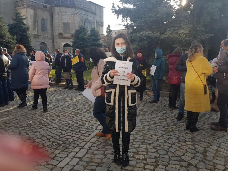 Prefectul Dan Nechifor după protestul de ieri din fața Prefecturii: Suntem de acord cu protejarea libertății umane