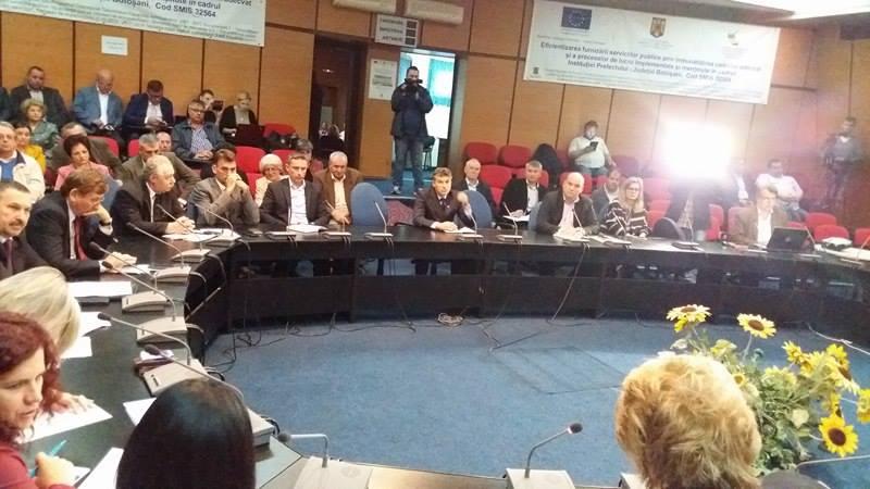 """Prefectul de Botoşani anunţă """"toleranţă zero"""" pentru directorii care se implică în campania electorală!"""