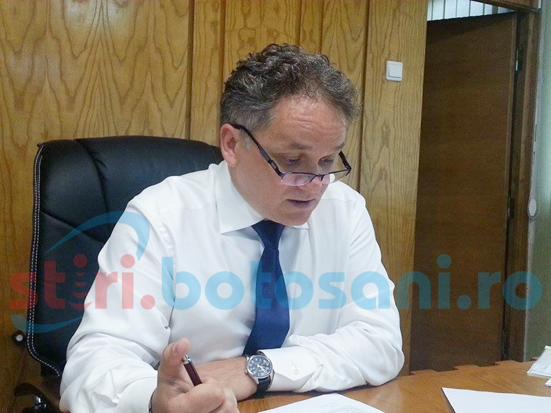 Prefectul vrea să îi ducă pe șefii de deconcentrate la ședințe în județ