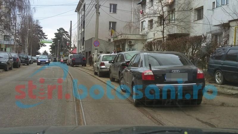 Pregătiri pentru ridicarea mașinilor parcate neregulamentar în municipiul Botoșani