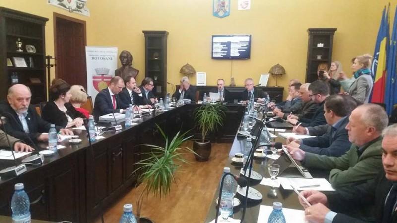 Preluarea obiectivelor finalizate de la Cornișa, tranșată în Consiliul Local. Înțepături între aleșii locali!