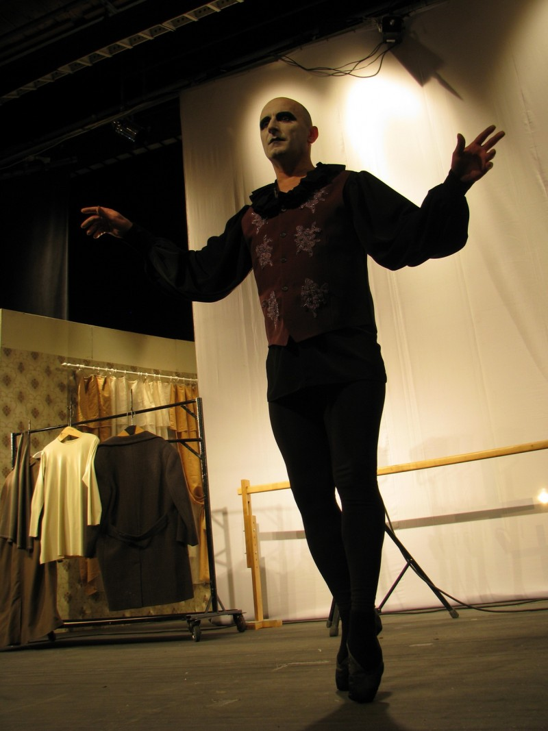 """Premieră: """"Balerinul turbat"""", un spectacol de Mihai Donţu şi Victoria Bucun!"""