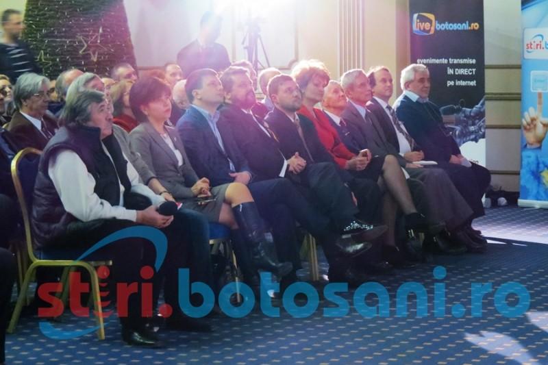 """PREMIUL EMINESCU la Botoşani: Fost ministru al Culturii, """"laureaţii Nobel"""", tradiţionalul discurs al lui Vosganian! FOTO"""