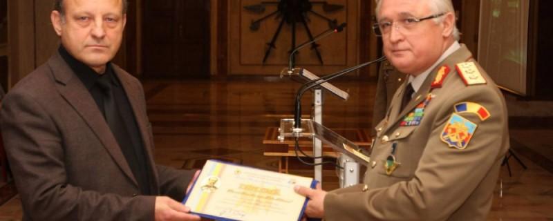 """Premiul """"General de divizie Ştefan Fălcoianu"""", acordat lui Sergiu Balanovici pentru lucrarea """"Generalul Gheorghe Avramescu""""!"""