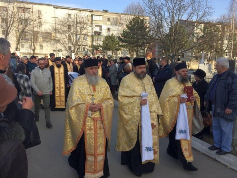 Preotul Sorin Mihai Iftime a fost condus pe ultimul drum