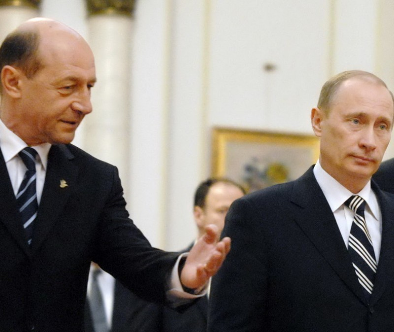 Presa rusa: Traian Basescu este un personaj interesant care, spre deosebire de predecesorii sai, vorbeste Rusia de rau