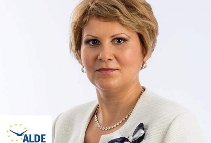 Președintele ALDE Botoșani, Roxana Florentina Țurcanu: Investitorii care ajută la dezvoltarea județului Botoșani au nevoie de sprijinul autorităților!