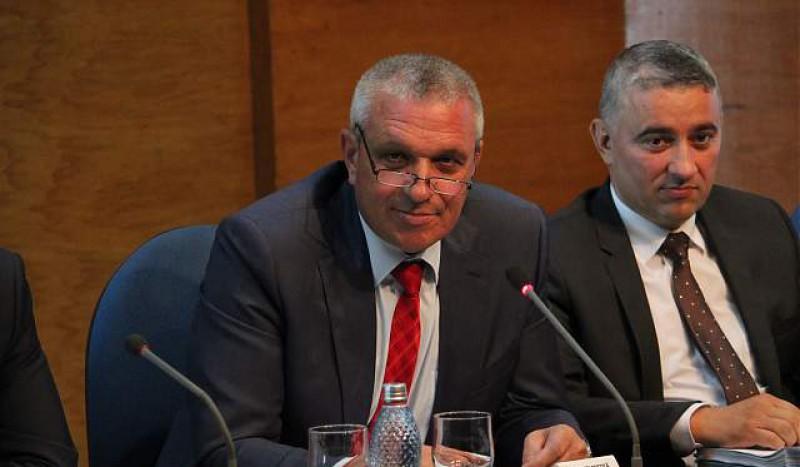 Președintele Consiliului Județean Botoșani, Costică Macaleți, s-a întors la muncă