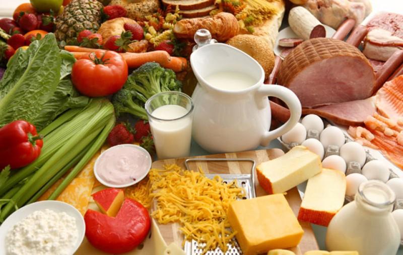 Prețurile la lapte și mezeluri vor crește cu 10% în următoarea perioadă