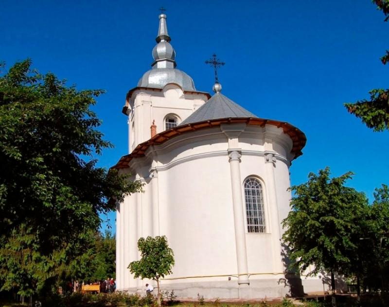Prezenţă arhierească la hramul Bisericii Vovidenia din Botoşani