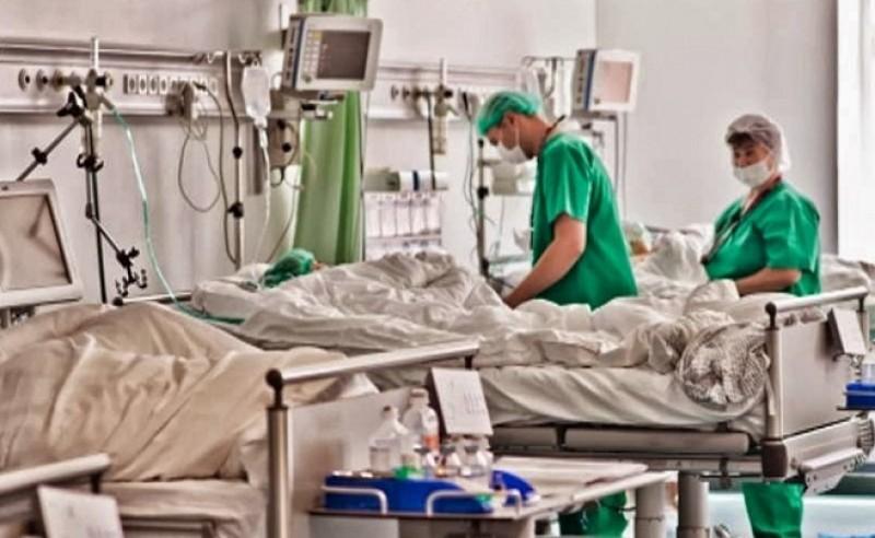 Prima suspiciune de gripă din acest an în Botoşani. O femeie a ajuns în stare gravă la spital