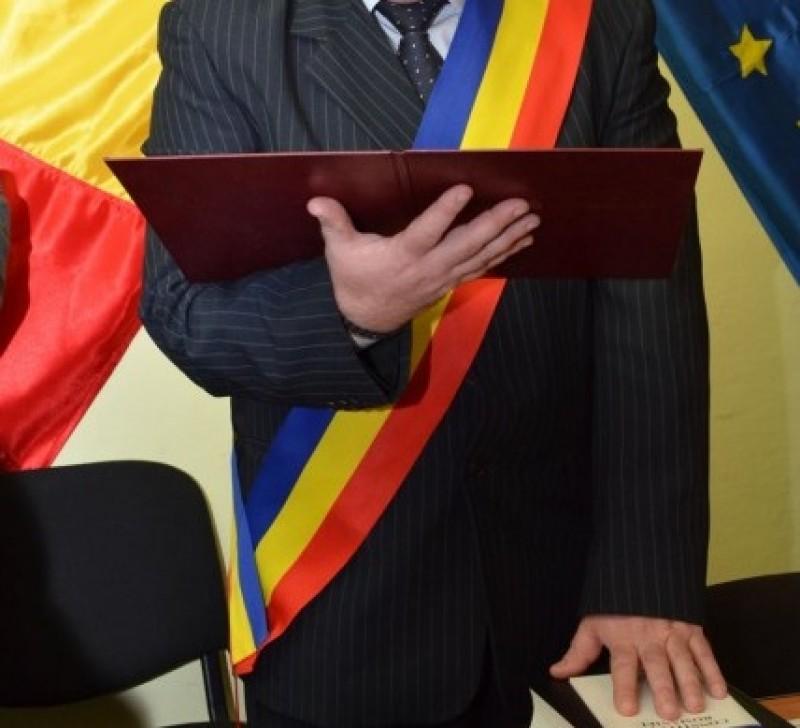 Primar botoşănean condamnat pentru infracţiuni de contrabandă!