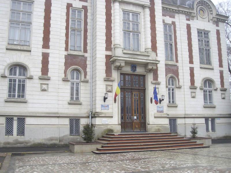 Primaria Dorohoi se muta la Biblioteca!