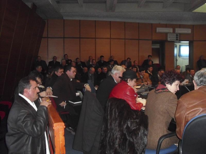 Primarii, cu jalba in protap la presedintele CJ, din cauza bugetului foarte mic!