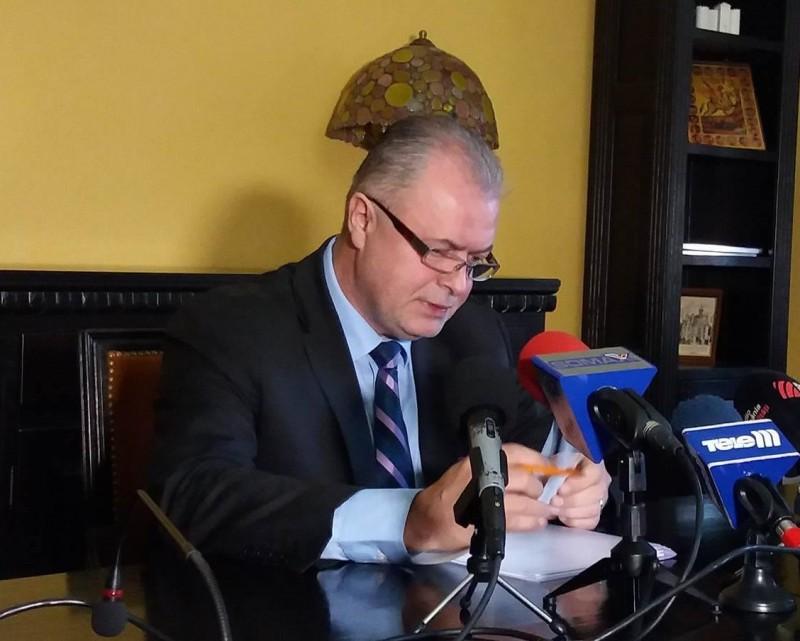 """Primarul Cătălin Flutur, despre Teatrul Vasilache: """"Sper să găsim varianta cea mai bună de director interimar"""""""