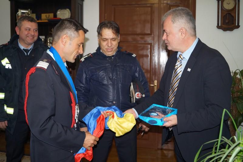 """Primarul Cătălin Flutur îl felicită pe Iulian Rotariu: """"Este absolut impresionant ce face acest om!"""""""