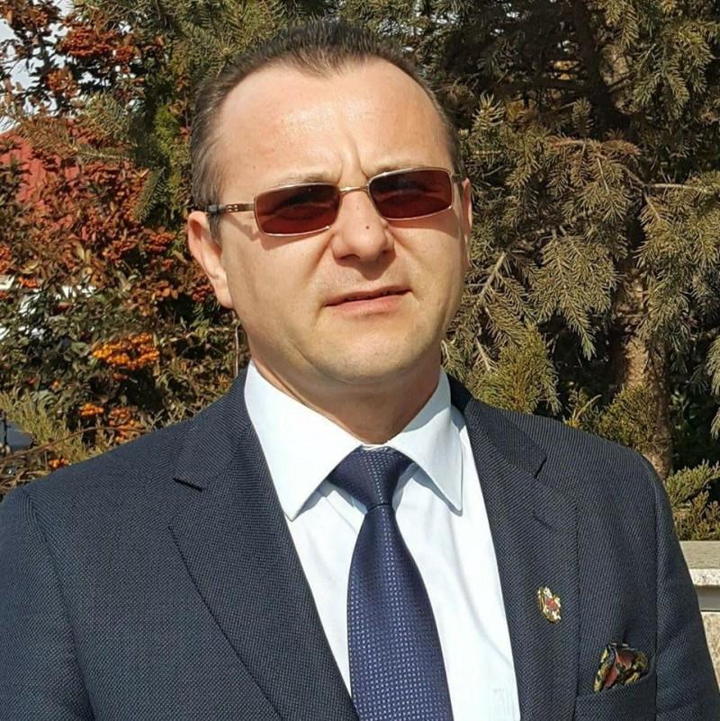 Primarul Cătălin Rotundu anunță Târg de locuri de muncă la Dîngeni!