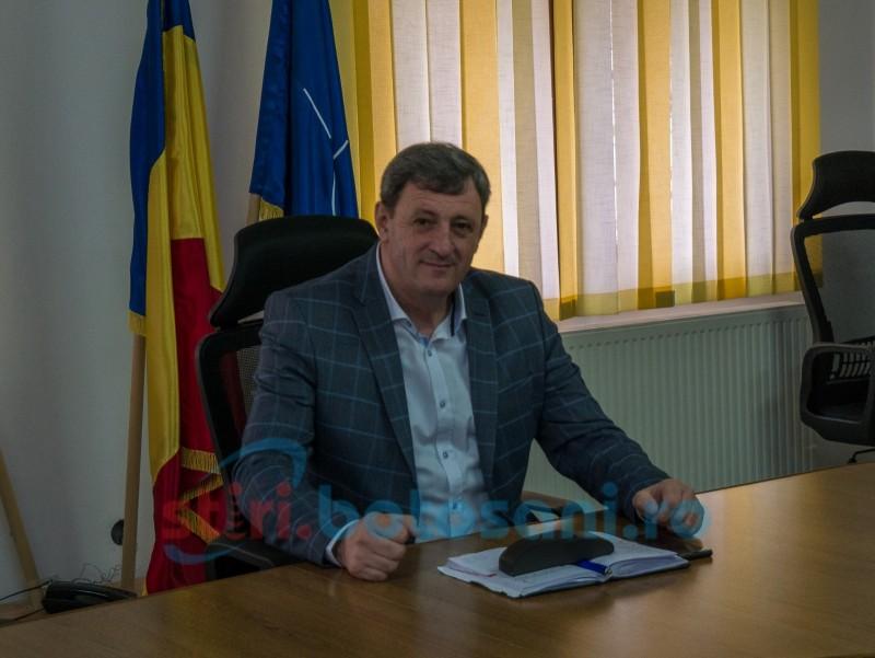 """Primarul comunei Mihai Eminescu, apel către populație: """"Cetățenii comunei Mihai Eminescu să vină să-și achite taxele și impozitele"""""""
