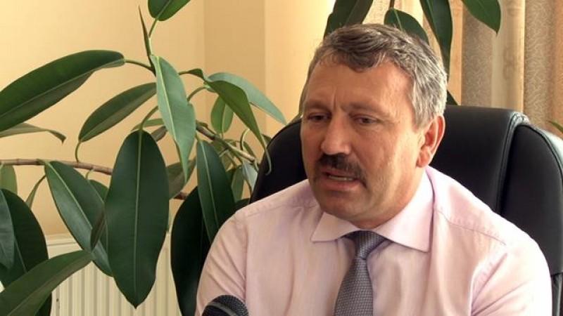 Primarul de Cristinești, Marinel Stredie, destituit de prefect la cererea Agenției Naționale de Integritate
