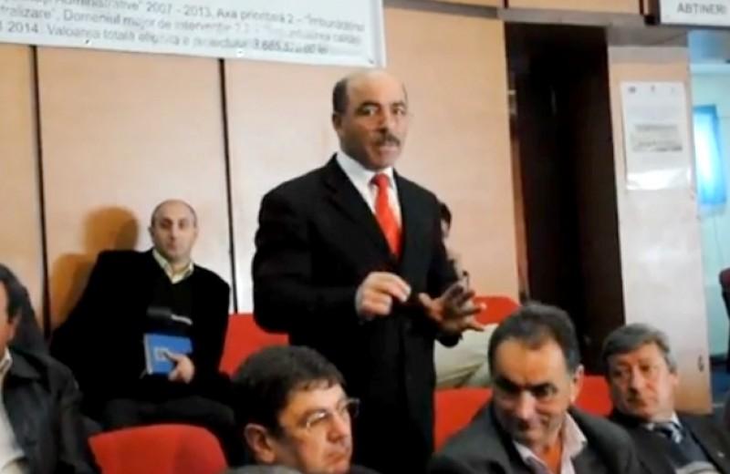 """Primarul din Vladeni, atac fara precedent la adresa conducerii CJ Botosani: """"Sunt atat de nesimtiti, in frunte cu presedintele, incat mi se face greata"""" - VIDEO"""