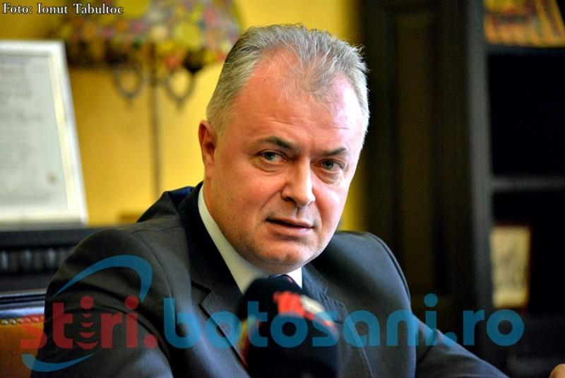 """Primarul municipiului Botoșani: """"Oamenii să meargă la vot şi să voteze pentru familia tradiţională!"""""""