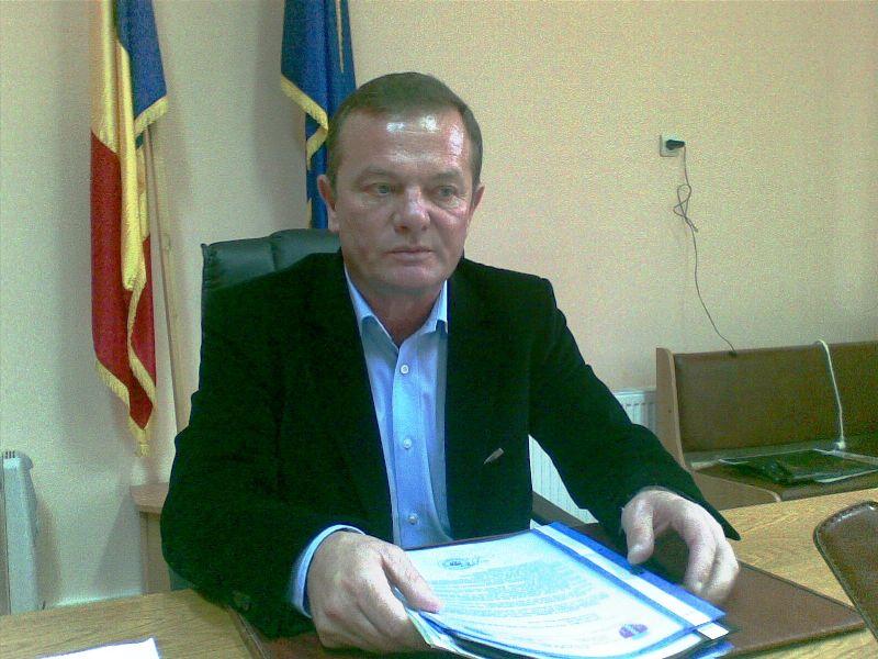 """Primarul municipiului Dorohoi apără conducerea Spitalului Municipal. """"Este doar o încercare de a impune un alt manager, eventual membru PNL"""""""