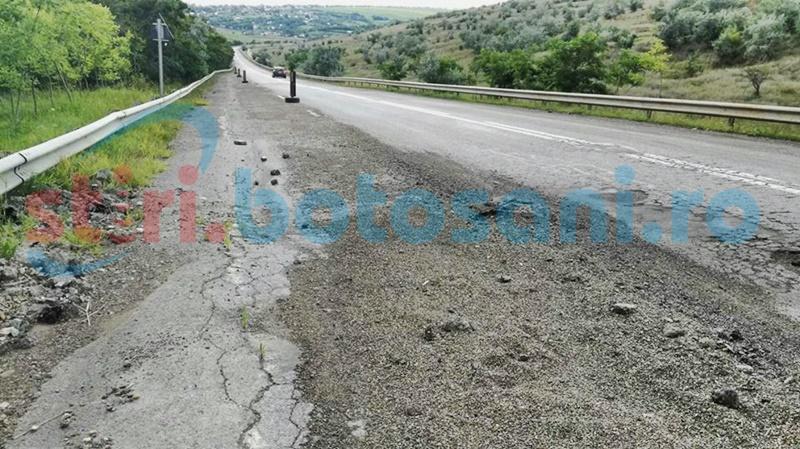 Probleme tot mai mari pe un drum național din județul Botoșani: Asfaltul se crapă, pământul o ia la vale! FOTO