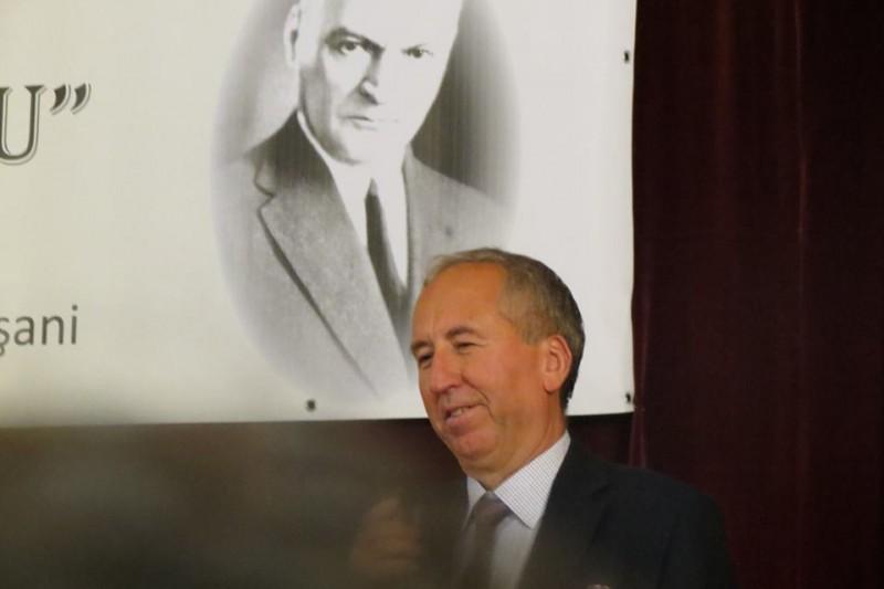 """Prof. Artur Bălăucă: """"Mă detaşez de orice afirmaţie care poate fi interpretată ca un atac la persoană"""""""