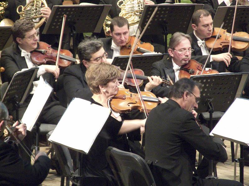 Prof. AUREL DORCU: Filarmonica Botosani - institutie culturala de prestigiu - VIDEO