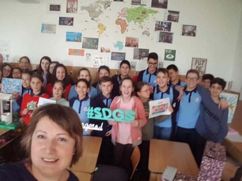 Profesoară premiată de un gigant IT pentru modul în care predă limba română