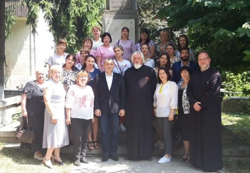 Profesori din Republica Moldova, mulțumiți de cursurile de perfecționare a limbii române oferite de Ministerul Românilor de Pretudindeni